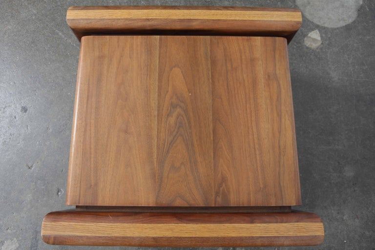 Pair of Matching Walnut 1970s Chunky End Tables In Excellent Condition For Sale In North Hollywood, CA