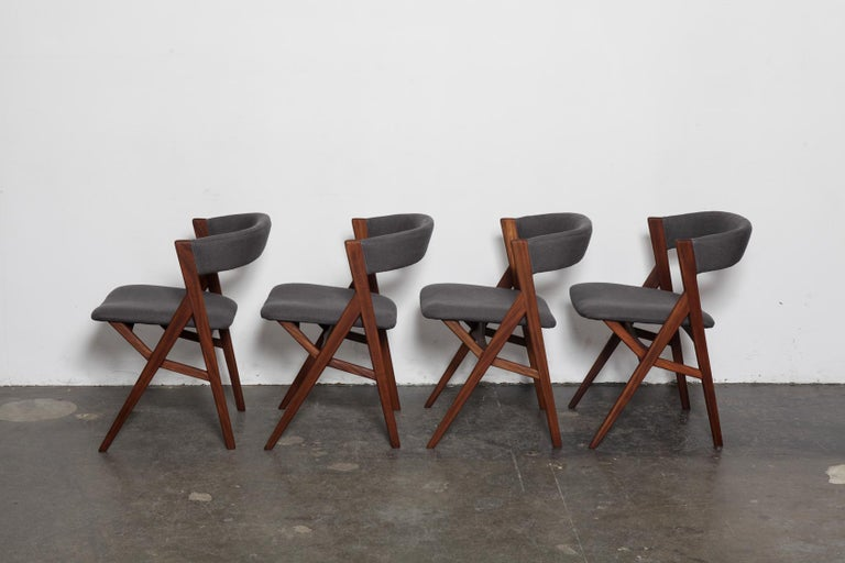 Mid-Century Modern Set of 4 Teak 1950s Curved Back Danish Dining Chairs For Sale