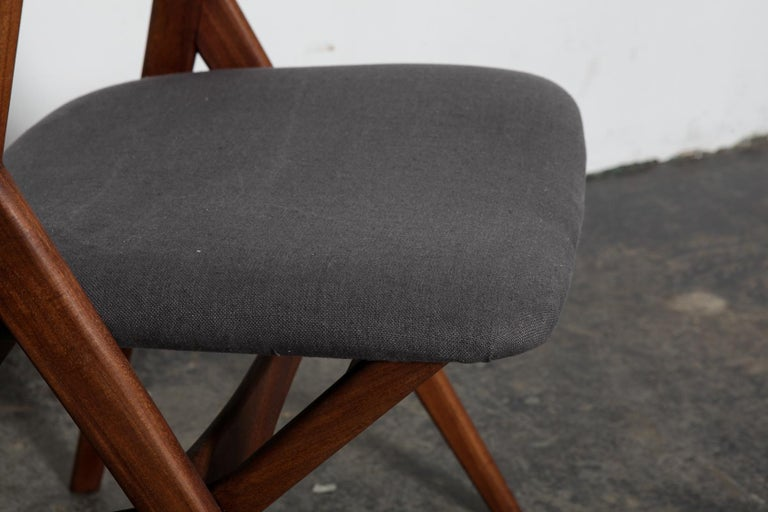 Set of 4 Teak 1950s Curved Back Danish Dining Chairs For Sale 2