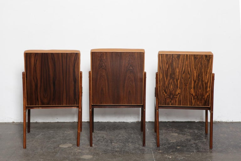 Set of 6 Brazilian Rosewood Bent Back Dining Chairs in Leather For Sale 1