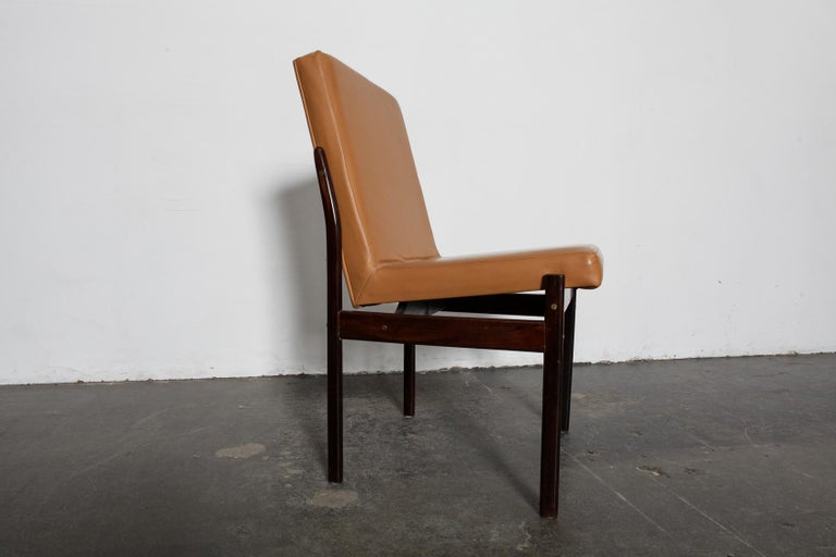 Set of 6 Brazilian Rosewood Bent Back Dining Chairs in Leather For Sale 3