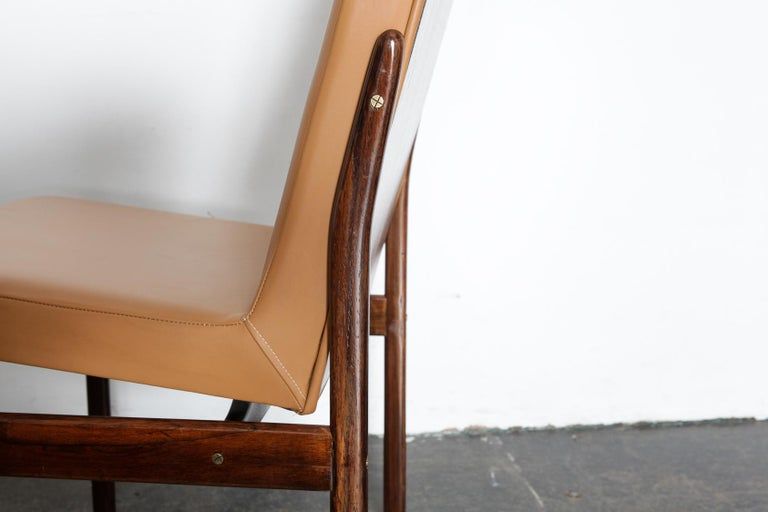 Set of 6 Brazilian Rosewood Bent Back Dining Chairs in Leather For Sale 5
