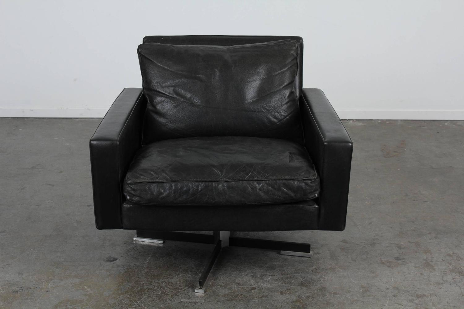 Mid Century Modern Black Leather Swivel Chair For Sale At 1stdibs