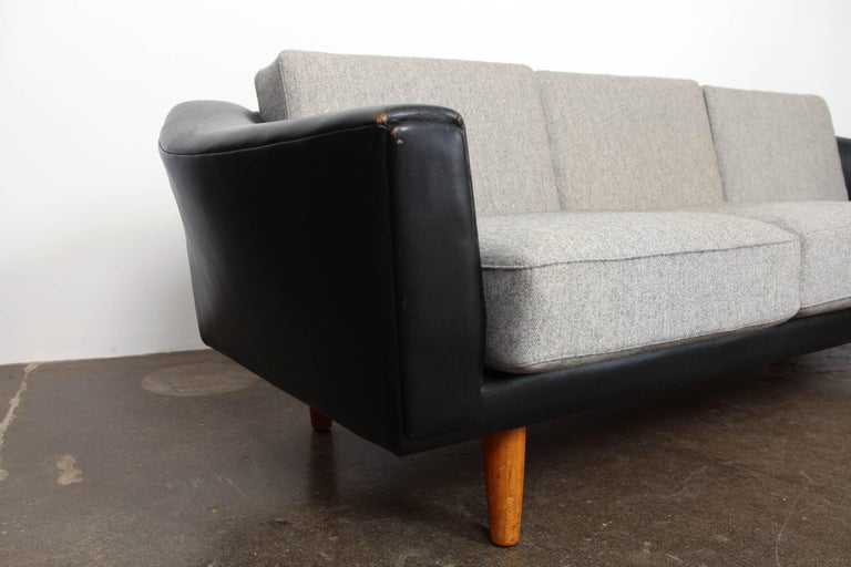 Danish Mid-Century Modern Black Leather Tuxedo Sofa by Illum Wikkelso For Sale 4