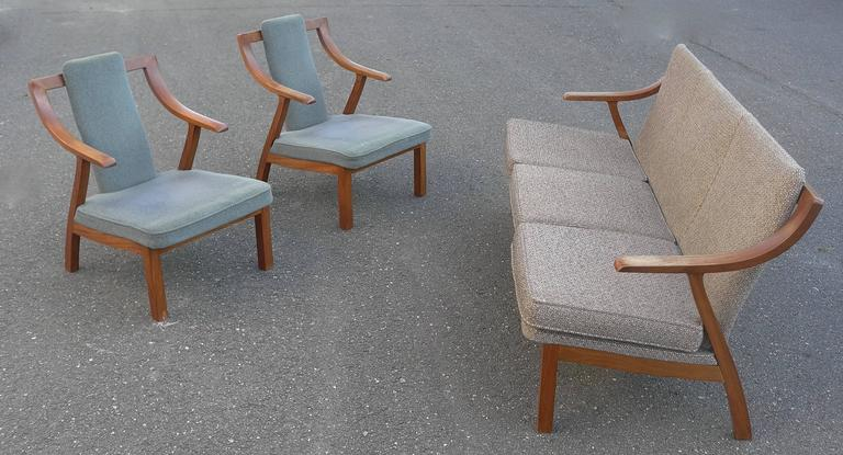 Organic three-seat Sofa with Two Armchairs, Japan 1965 For Sale 2