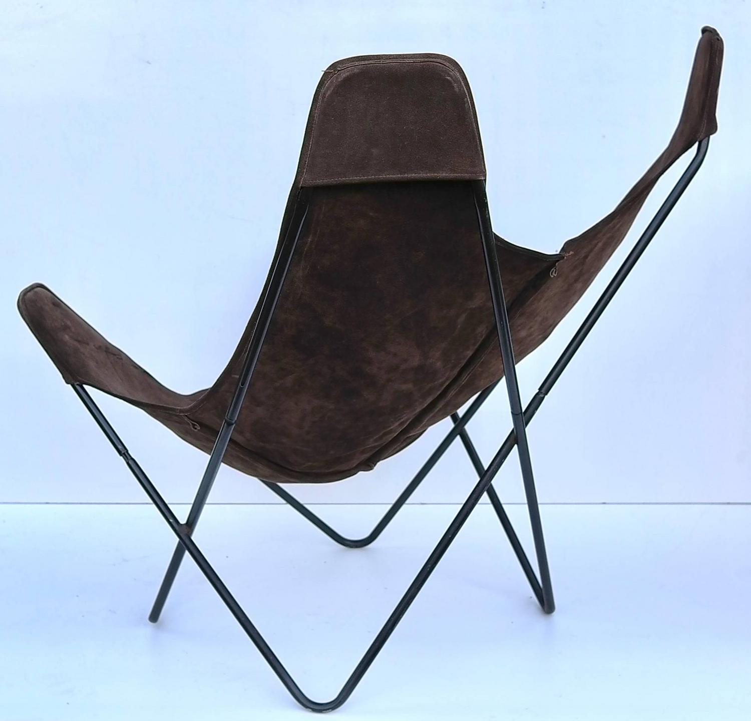 knoll butterfly chair by jorge ferrari hardoy in suede leather for sale at 1stdibs. Black Bedroom Furniture Sets. Home Design Ideas