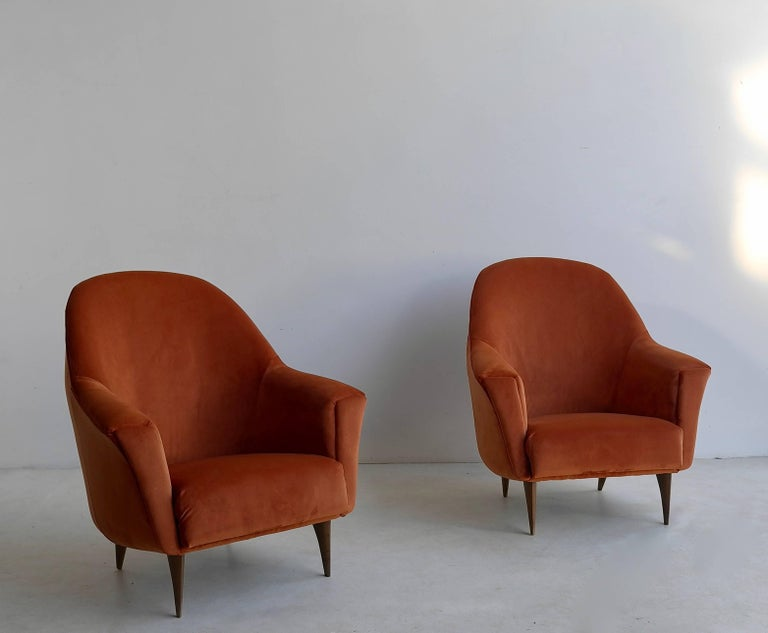 Pair of Armchairs in Red Terra Velvet, Italy, 1950s In Good Condition For Sale In The Hague, NL