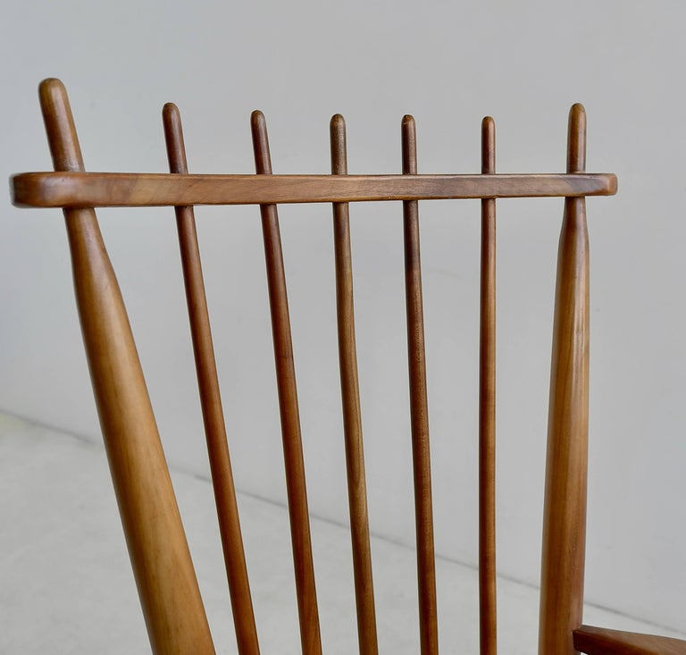 Mid-Century Modern Organic Rocking Chair in Style of George Nakashima For Sale