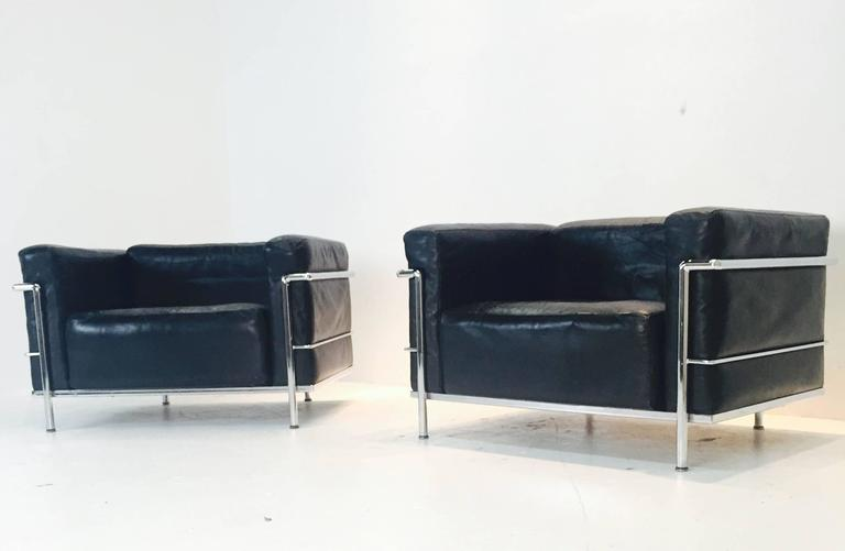 Pair of LC-3 Grand Comfort Lounge Chairs by Le Corbusier for ...