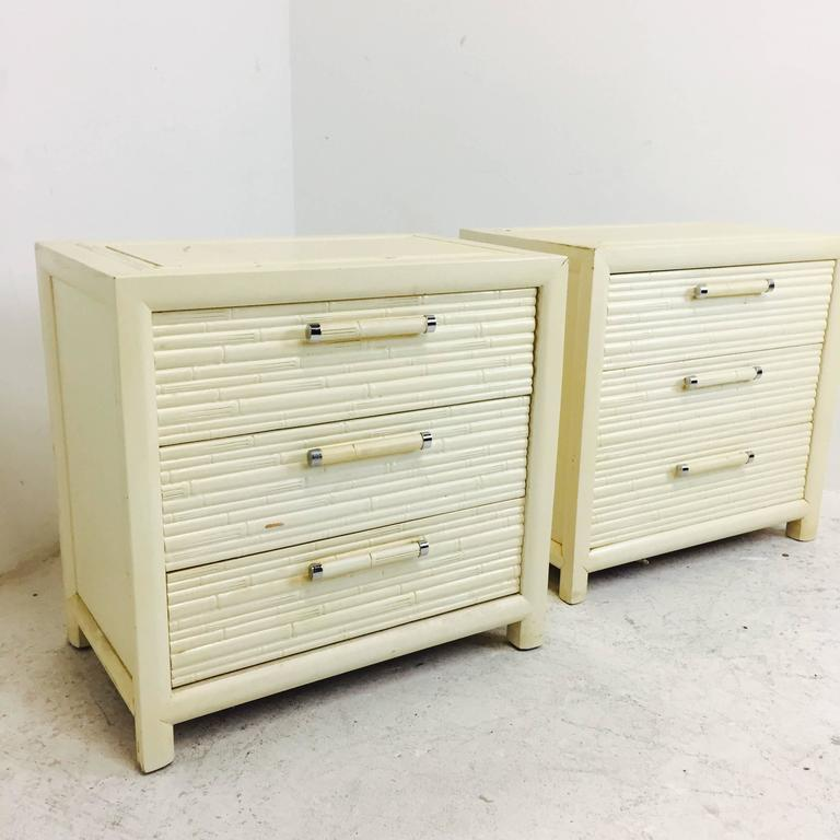Pair of Faux Bamboo Nightstands by Century In Good Condition For Sale In Dallas, TX
