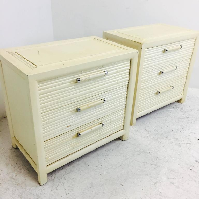 Mid-Century Modern Pair of Faux Bamboo Nightstands by Century For Sale