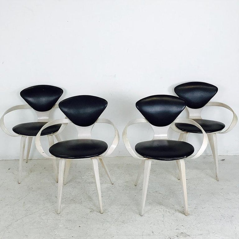 Mid-Century Modern Set of Four Cherner Armchairs for Plycraft For Sale