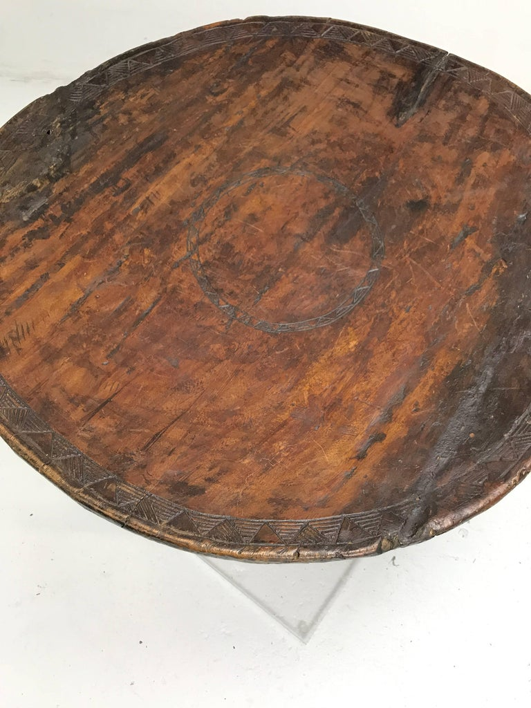 African Carved Ceremonial Wedding Stool or Table with Lucite Base For Sale 1