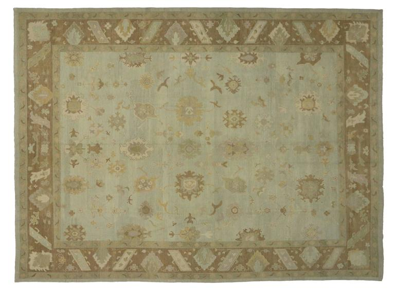 Modern Turkish Oushak Rug with Transitional Style in Neutral Colors In Excellent Condition For Sale In Dallas, TX