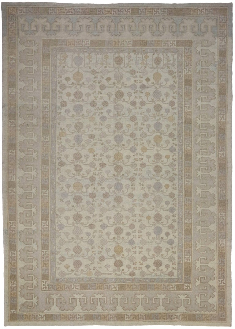 Modern Khotan Style Rug with Transitional Style in Muted Colors In Excellent Condition For Sale In Dallas, TX