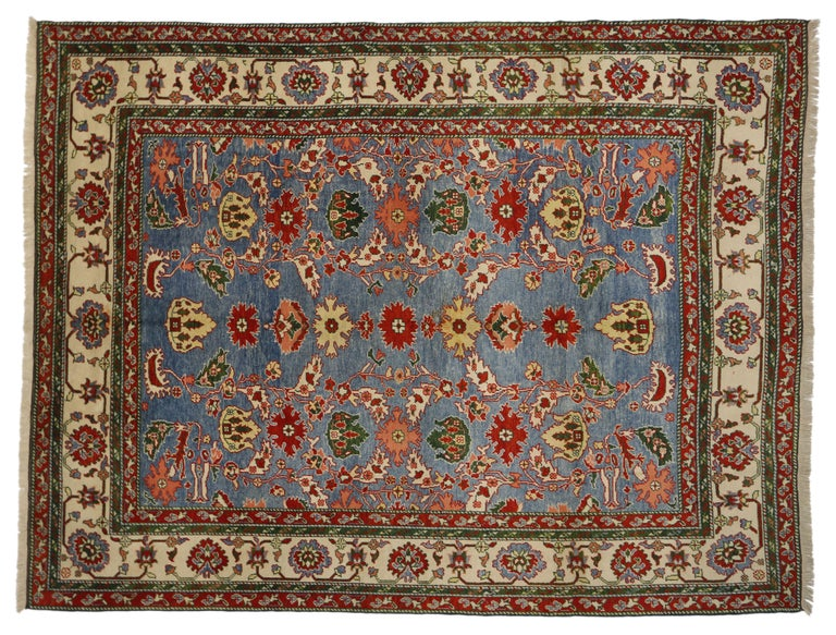 Vintage Turkish Oushak Rug with Traditional Style In Good Condition For Sale In Dallas, TX
