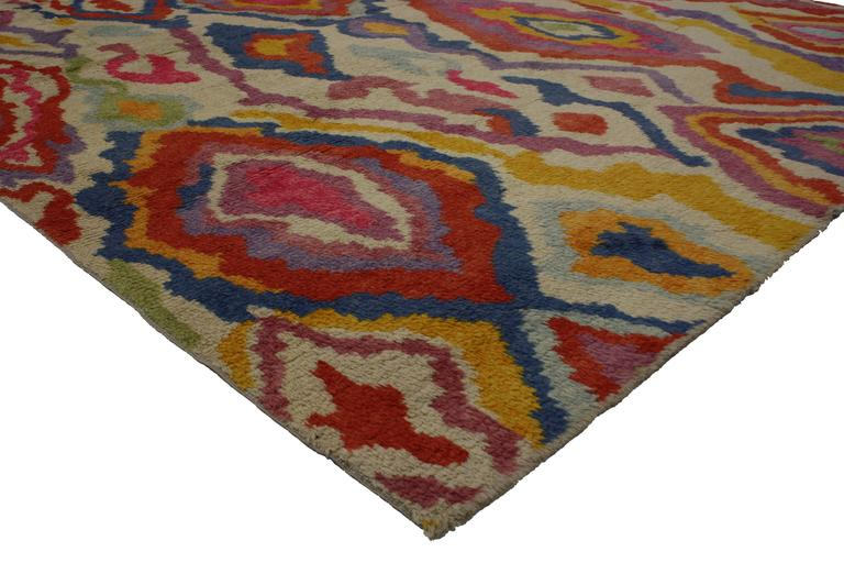 51863 New Colorful Contemporary Abstract Tulu Shag Area Rug, 9'5 x 12'10. Highly stylish yet casually elegant, this colorful contemporary abstract Turkish Tulu shag area rug is ideal for nearly any stylish home. This colorful abstract design has