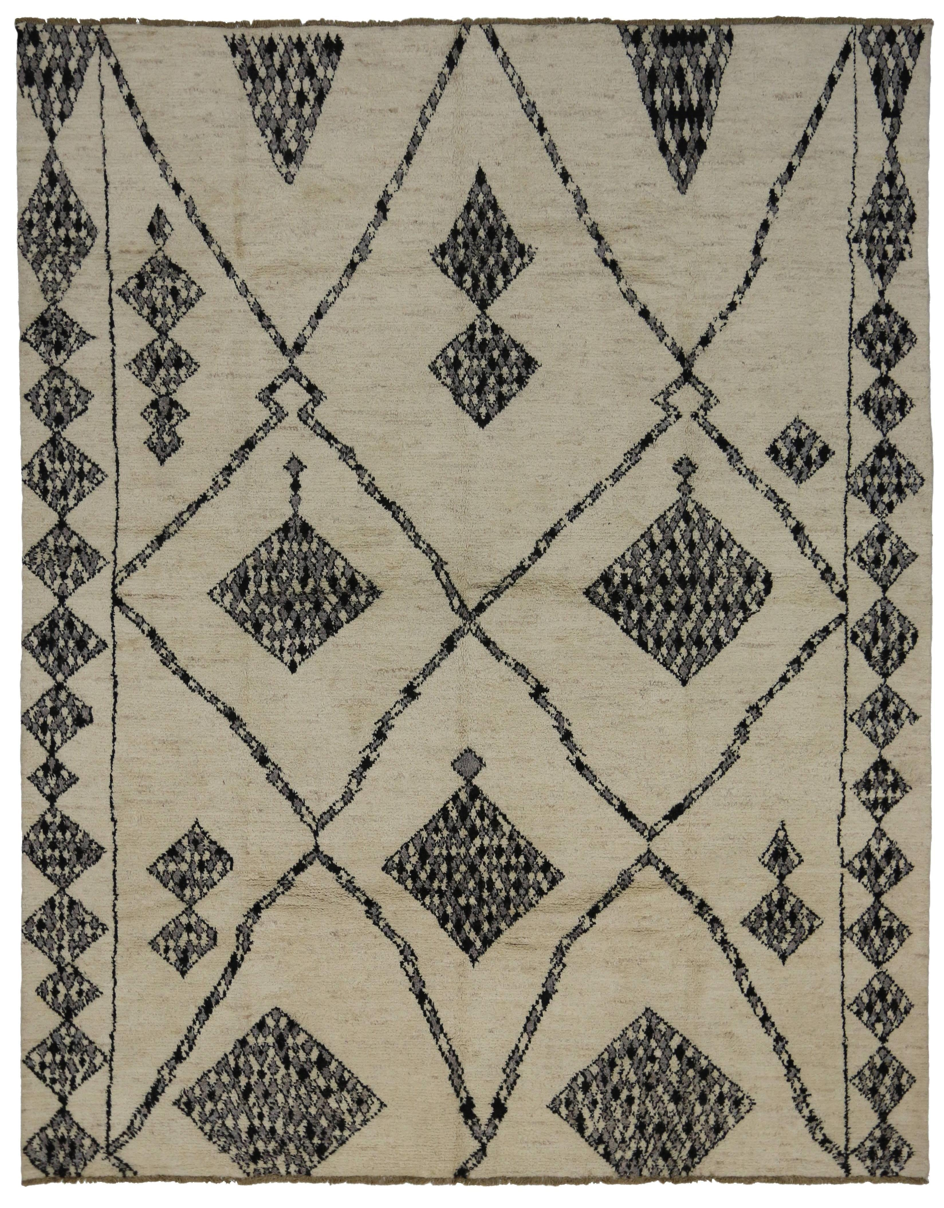 Modern Moroccan Style Rug With Contemporary Tribal Design For Sale