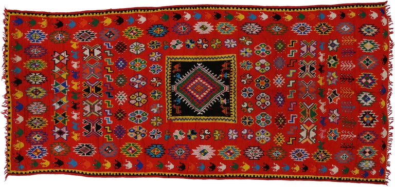 Vintage Berber Moroccan Rug with Modern Tribal Style In Good Condition For Sale In Dallas, TX