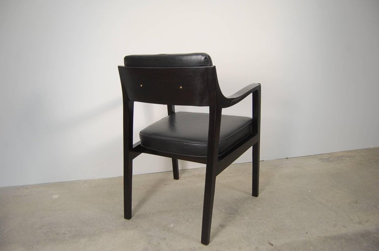 Pair of Dunbar Chairs in Black Leather In Good Condition For Sale In Providence, RI