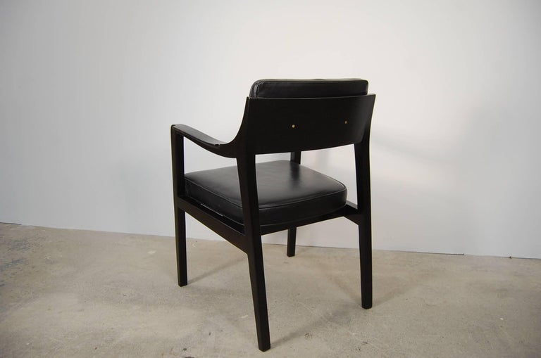 20th Century Pair of Dunbar Chairs in Black Leather For Sale