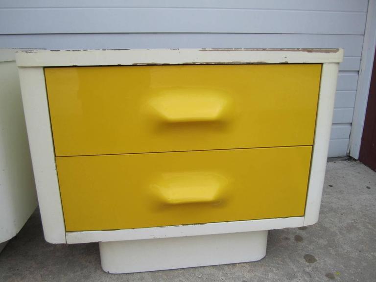fun pair of chapter one broyhill yellow nightstands mid-century Fun Nightstands