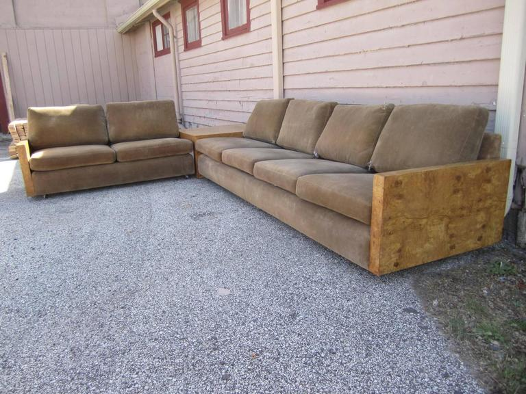 Gorgeous Three-Piece Milo Baughman Burled Olivewood Sofa Sectional For Sale 4