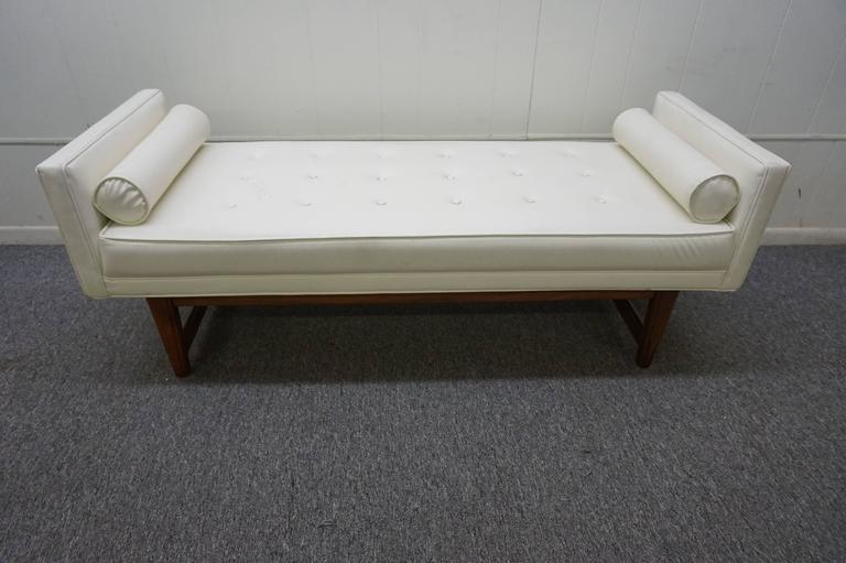 Handsome Upholstered American Mid-century Walnut Bench For Sale 3