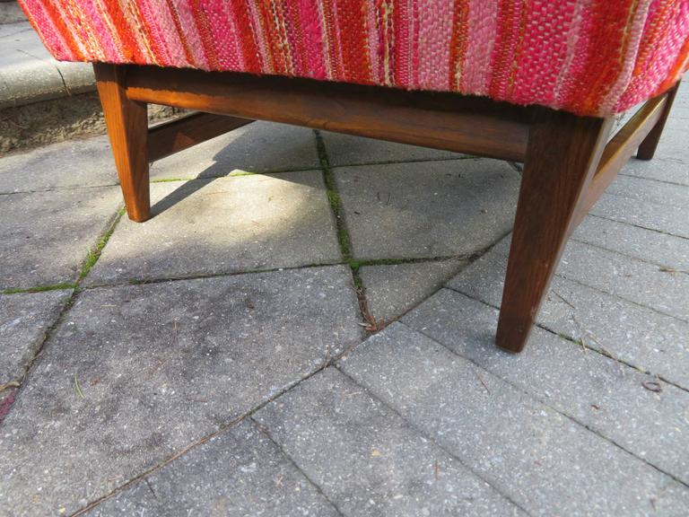 Upholstery Lovely Pair of Selig Mid-Century Modern Walnut Lounge Chairs For Sale