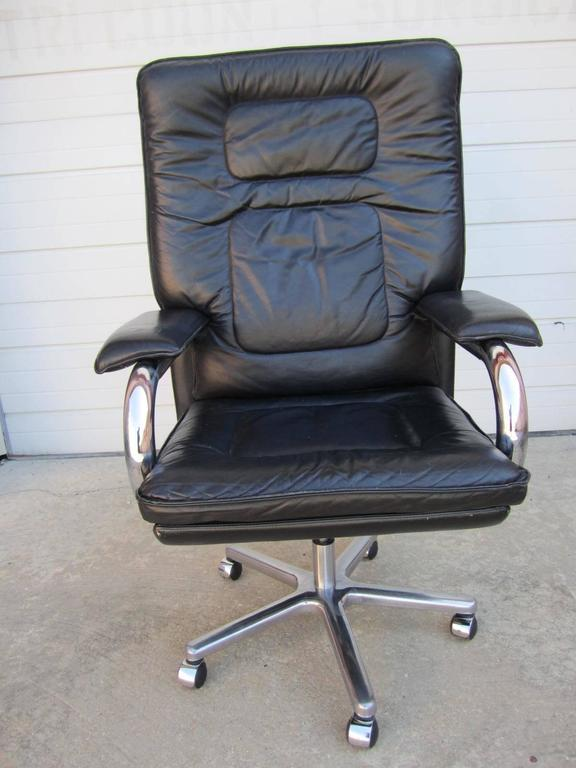 Pace Collection Mariani Leather Chrome Rolling Desk Chair