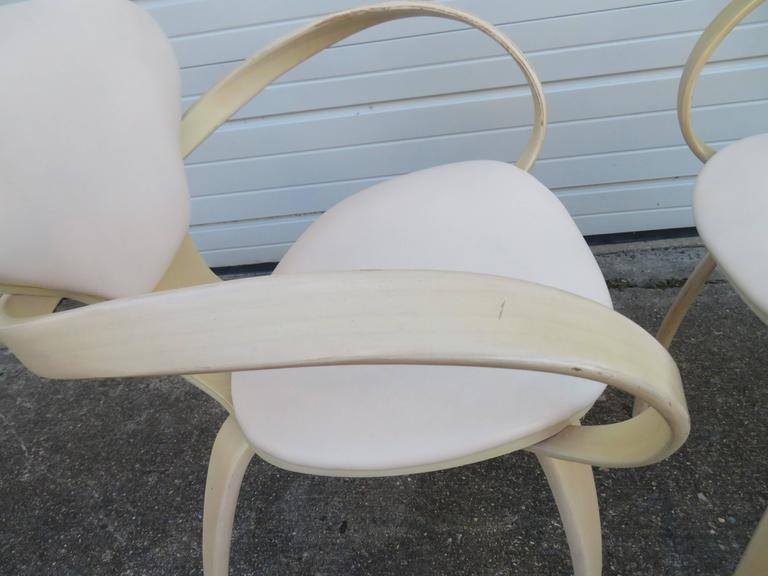 Lovely Pair of Norman Cherner Plycraft Pretzel Chairs, Mid-Century Modern In Good Condition For Sale In Medford, NJ