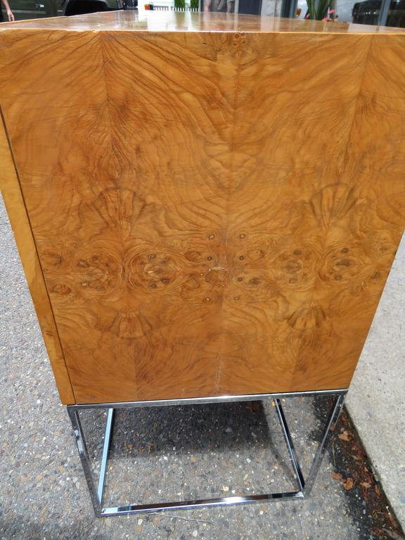 Dramatic Milo Baughman Burled Olive Wood Chrome Credenza Mid-Century Modern For Sale 2