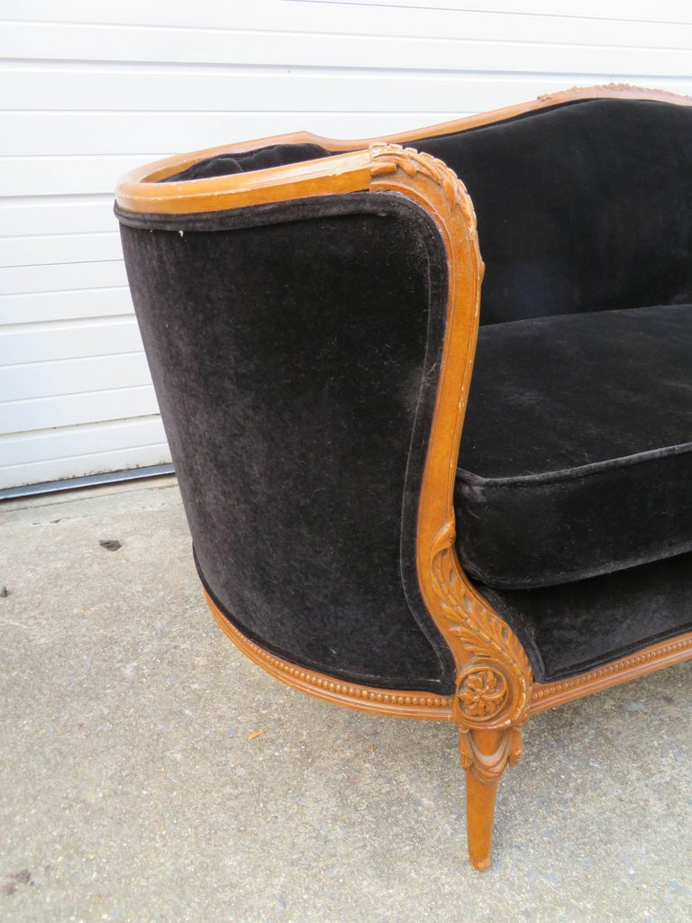 American Antique Louis XV Style French Sofa Canapé For Sale