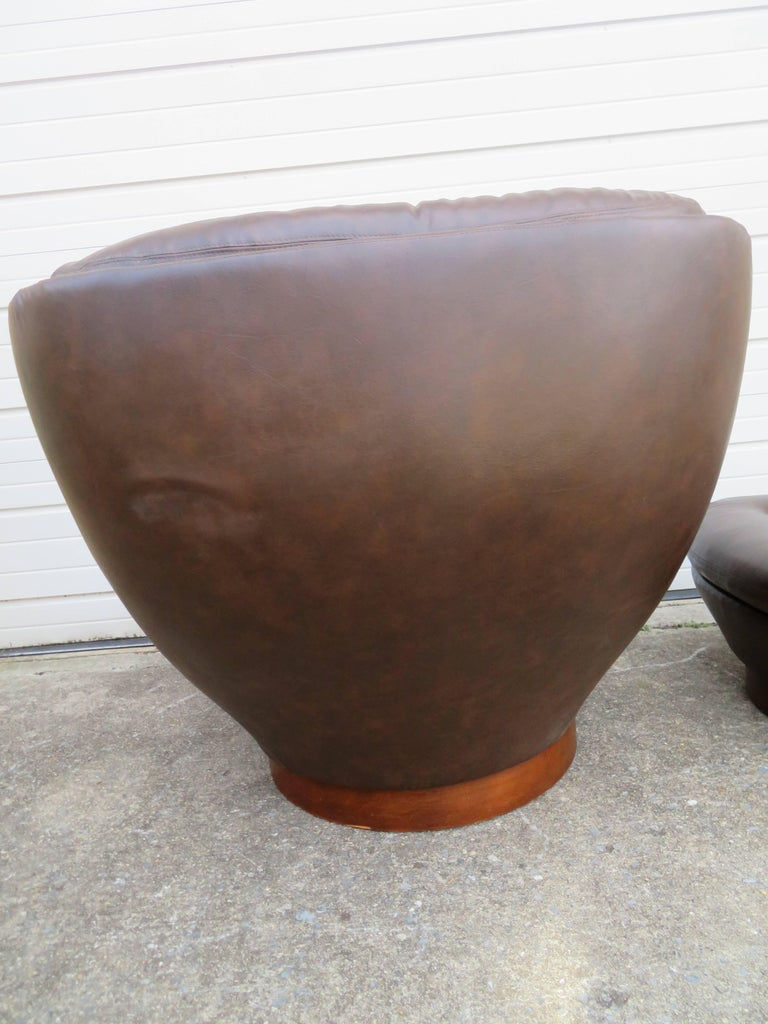 Wonderful Selig Swivel Egg Lounge Chair With Ottoman Mid