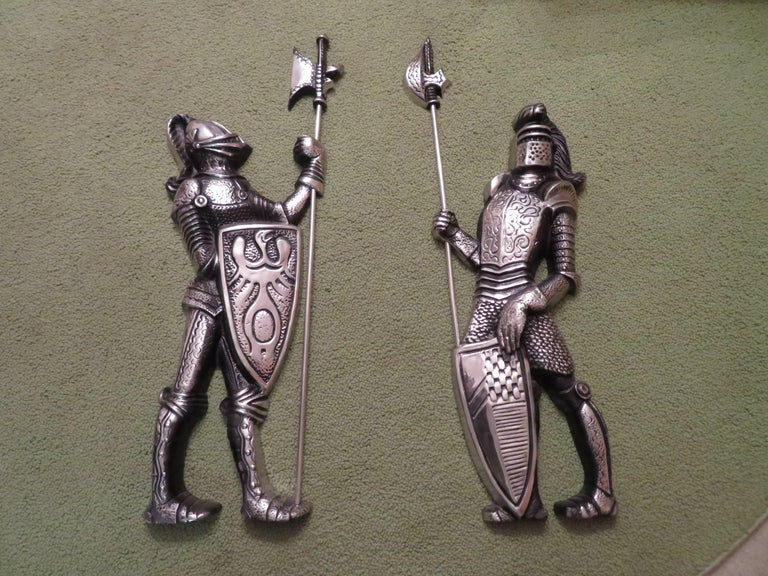 Vintage Cast Metal Lion Coat Of Arms Knights Armor