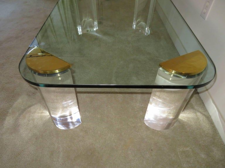 Chunky Lucite Brass Coffee Table Midcentury In Good Condition For Sale In Pemberton, NJ