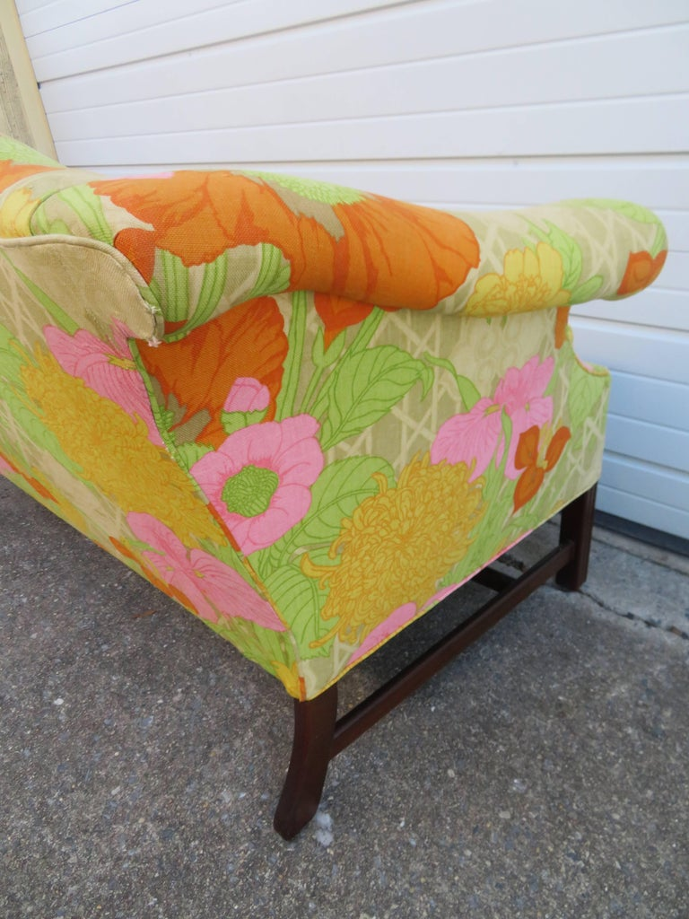 Wonderful Flowered Linen Chippendale Style Camelback Loveseat Sofa, Midcentury For Sale 2
