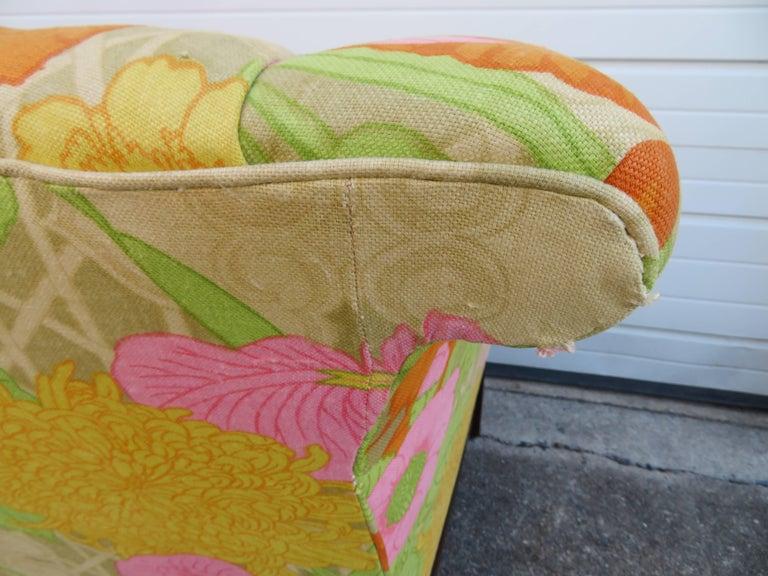 Wonderful Flowered Linen Chippendale Style Camelback Loveseat Sofa, Midcentury For Sale 3