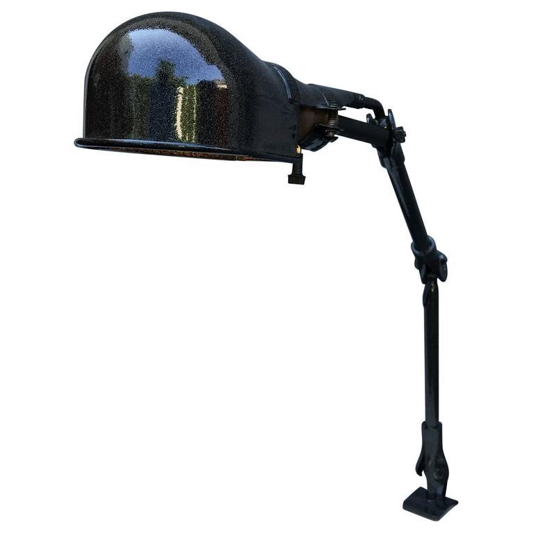 Mid-Century Modern Desk Lamp 1
