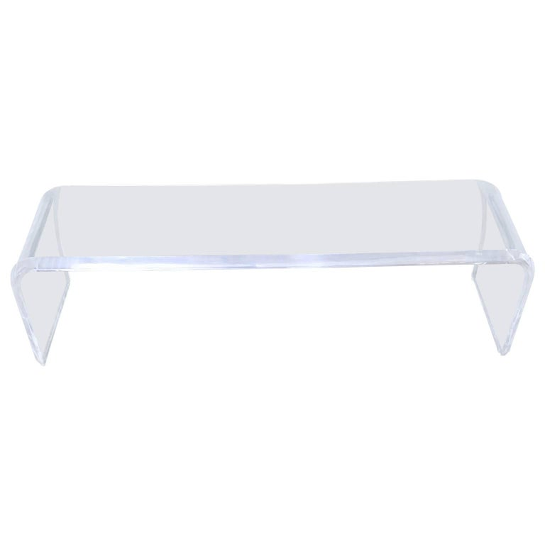 Large Mid-Century Modern Hollis Style Lucite Waterfall Bench In Good Condition For Sale In Haddonfield, NJ