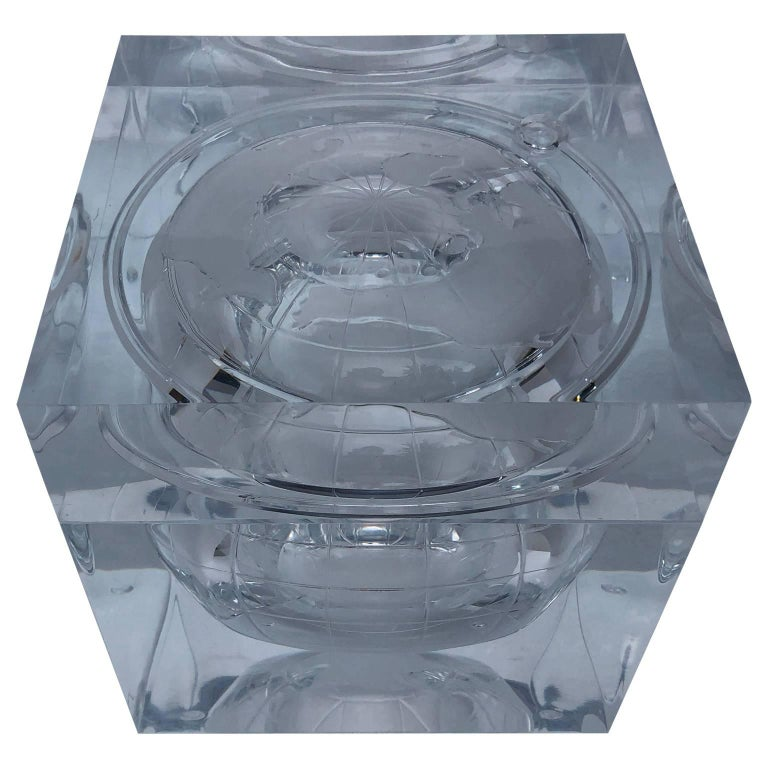 Mid-Century Modern Alessandro Albrizzi Lucite World Globe Form Ice Bucket For Sale