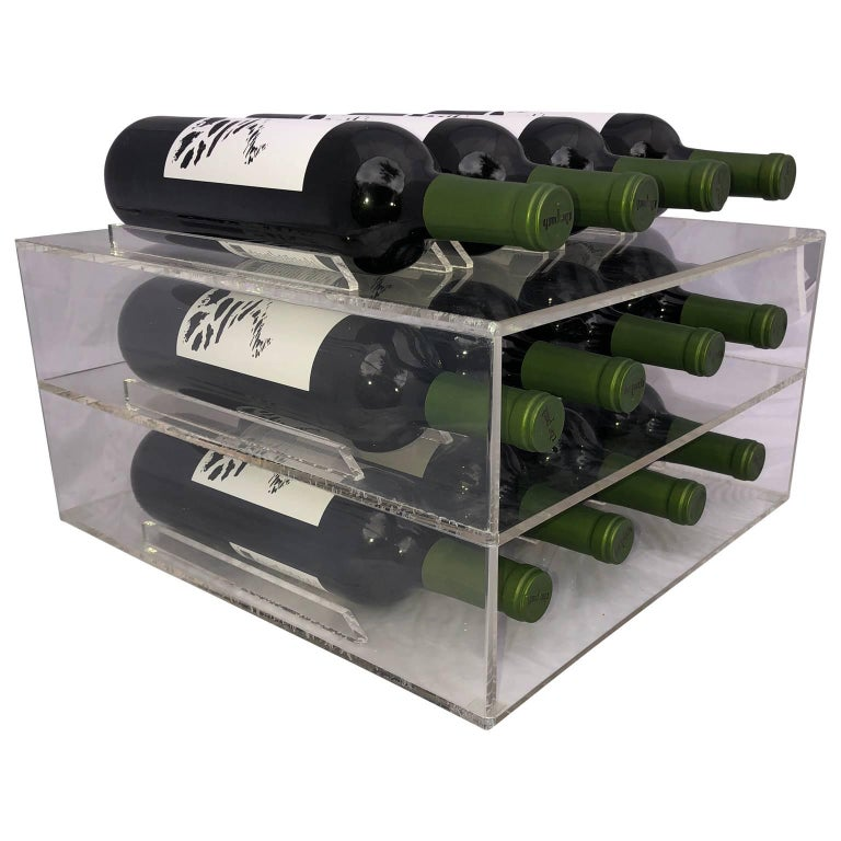 Mid-Century Lucite 8 Bottle Wine Rack In Good Condition For Sale In Haddonfield, NJ
