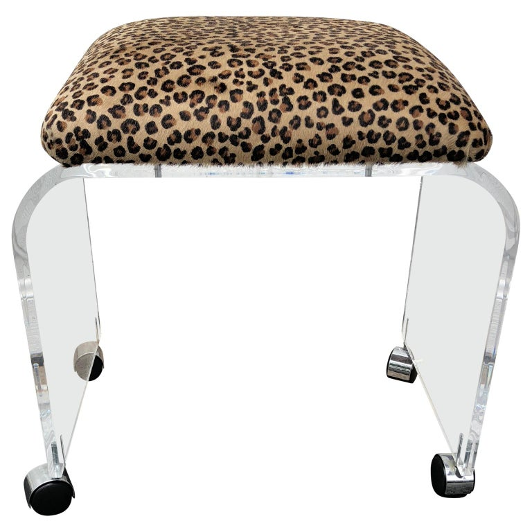 20th Century Mid-Century Modern Waterfall Lucite Stool or Bench with Faux Cheetah Fabric For Sale
