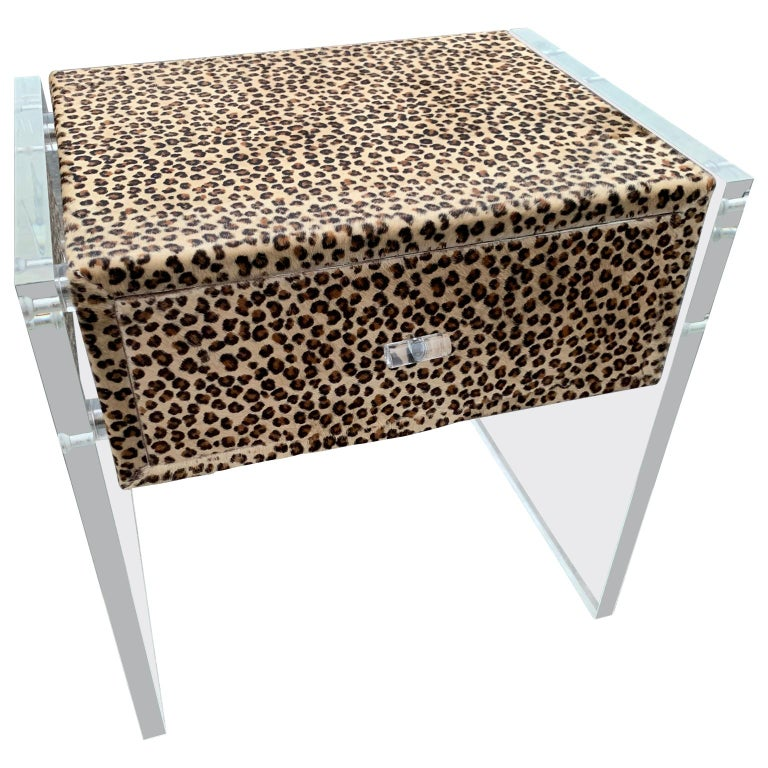 Pair of Faux Cheetah Skin Upholstered Nightstands with Lucite Side Panels For Sale 2