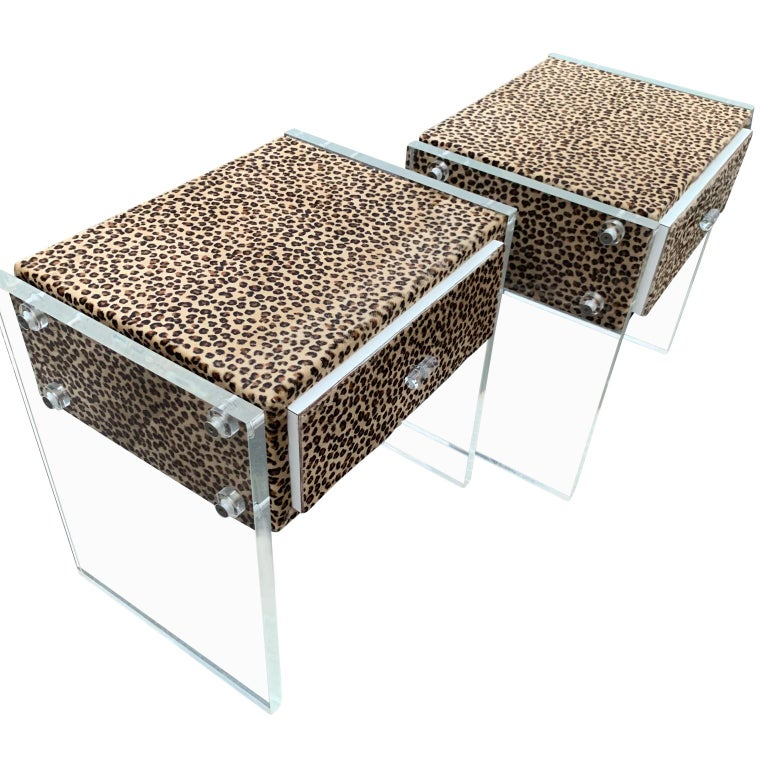 Pair of Faux Cheetah Skin Upholstered Nightstands with Lucite Side Panels For Sale 4