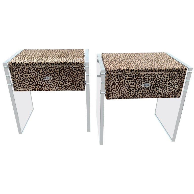 Pair of Faux Cheetah Skin Upholstered Nightstands with Lucite Side Panels For Sale 5
