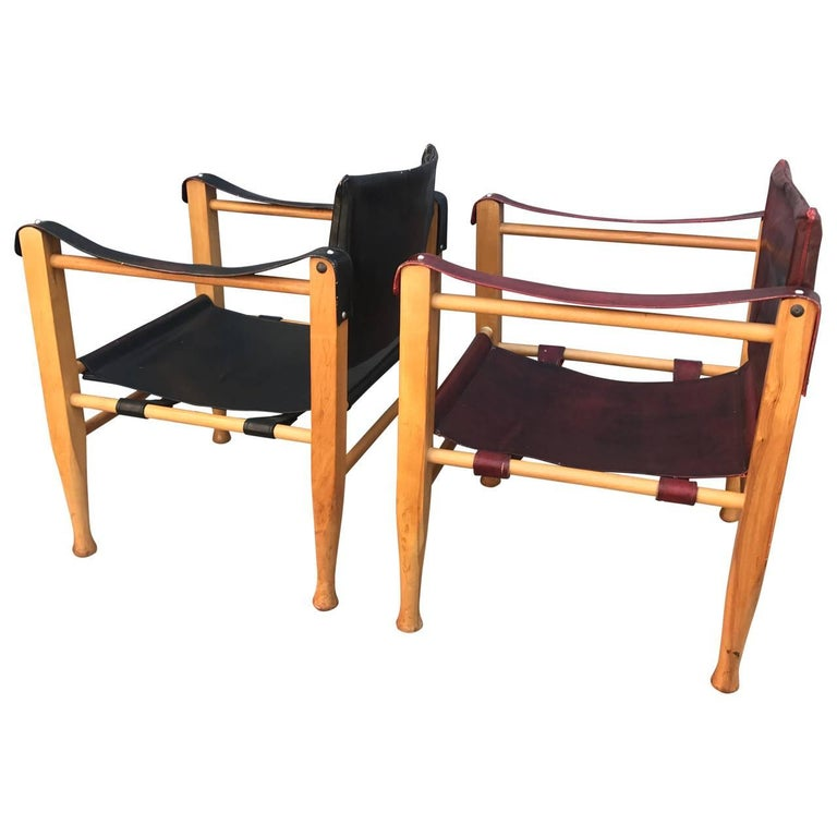 Set of Danish Two Mid-Century Modern Safari Chairs, One Red and One Black For Sale