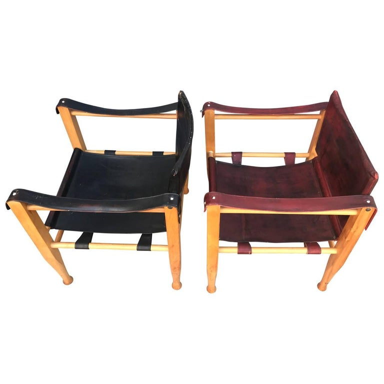 Scandinavian Modern Set of Danish Two Mid-Century Modern Safari Chairs, One Red and One Black For Sale