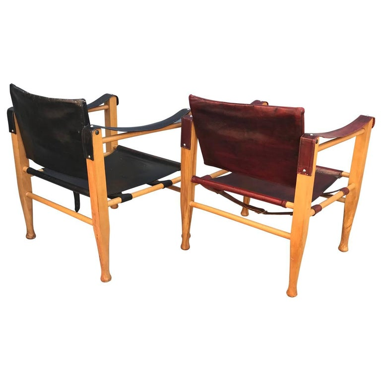 20th Century Set of Danish Two Mid-Century Modern Safari Chairs, One Red and One Black For Sale