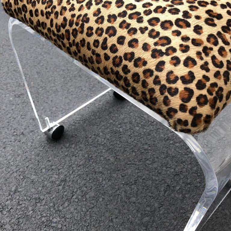 Mid-Century Modern Waterfall Lucite Stool or Bench with Faux Cheetah Fabric For Sale 7